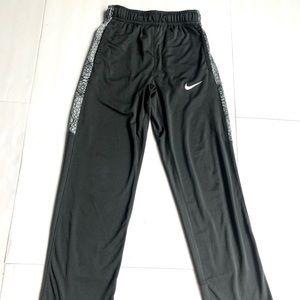 Nike kids boys pants size S